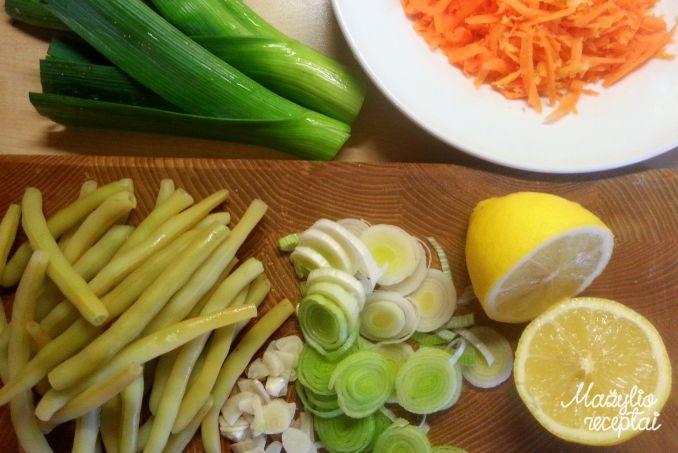 Makaronų troškinys su daržovėmis