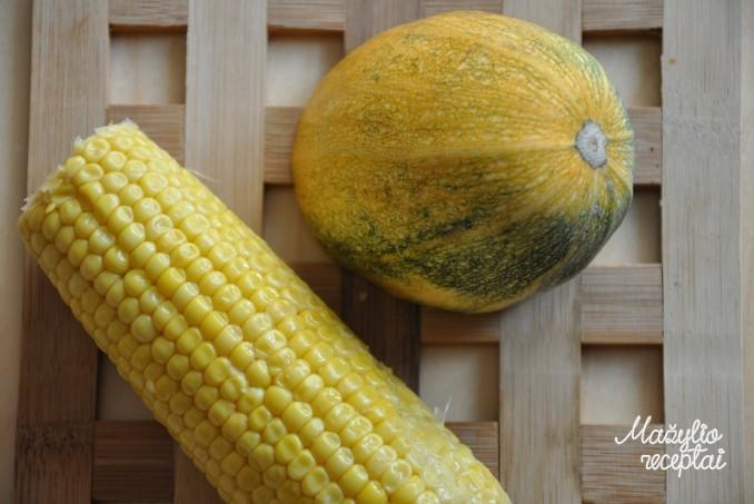 Kalakutiena su cukinija ir kukurūzais