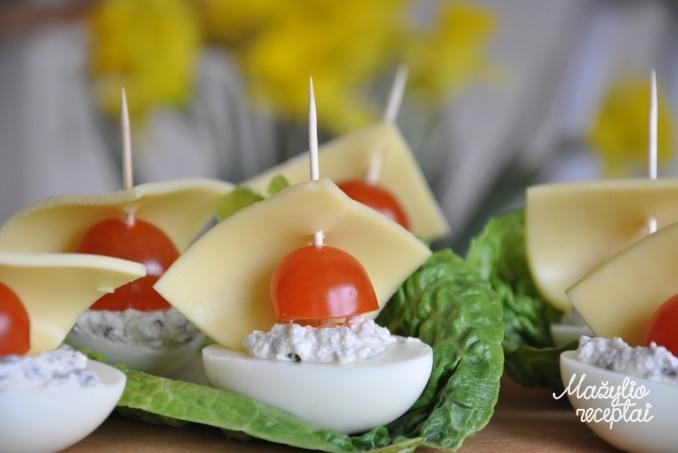Velykų stalui - kiaušinių laiveliai