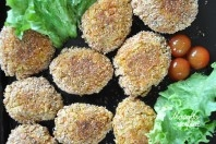 Daržovių kotletai vaikams iš morkų, salierų ir moliūgų