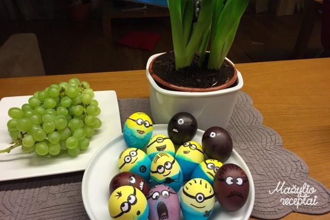 Kiaušinių marginimas su vaikais